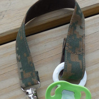 Military Pacifier Holder, US Marine Woodland Camo Fabric Pacifier Holder , Woodland Camouflage Fabric Pacifier Clip, Binky Clip