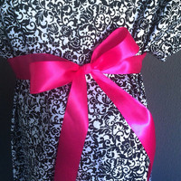 Trendy Maternity Hospital Gowns - Black and White Paisley
