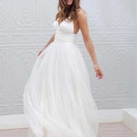 Beach Wedding Dresses Spaghetti Straps Pure White Ruched Tulle 2016 Wedding Dresses Simple Style Fairy Bridal Gowns