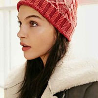 Cable Fitted Beanie-