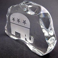 GLASS  24% LEAD CRYSTAL PAPERWEIGHT republican made in USA