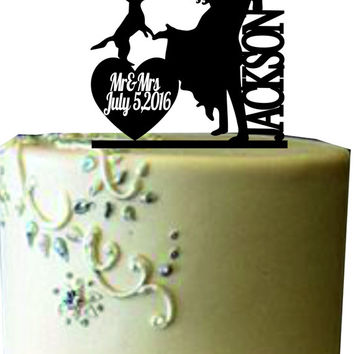 Unique Wedding Cake Topper, Funny Wedding Cake Topper,Bride and Groom with dog or cat Silhouette Cake Topper,Personalize Wedding Cake Topper