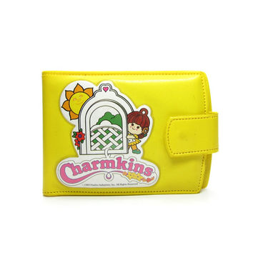 Charmkins Wallet Vintage Yellow Plastic Bifold Billfold & Coin Purse with Brown Eyed Susan