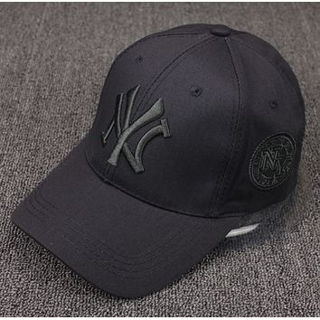 Spring and summer baseball cap male and female embroidery letter cap collar couple sun hat sun hat