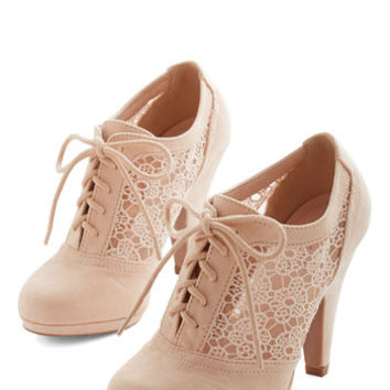 ModCloth Menswear Inspired Numerous Occasions Heel in Cream