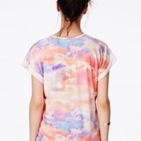 Missguided - Karlie Boyfriend T-Shirt In Sunset Cloud Print