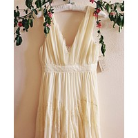 Grecian Lace Dress in Cream