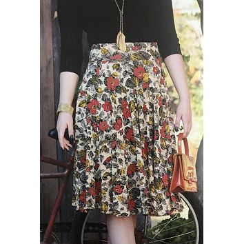 Sojourn Skirt in Coquelicot