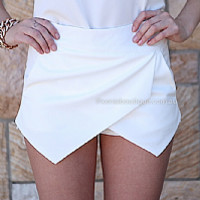 CHARLOTTE FREE SKORT , DRESSES, TOPS, BOTTOMS, JACKETS & JUMPERS, ACCESSORIES, 50% OFF SALE, PRE ORDER, NEW ARRIVALS, PLAYSUIT, COLOUR, GIFT VOUCHER,,SKIRTS,SHORTS,White Australia, Queensland, Brisbane