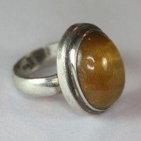 Tiger Eye and Sterling Silver Vintage Ring Size 7
