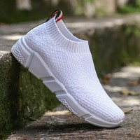 Summer Athletic Sneakers For Women Breathable Mesh Sport Shoes Girls Outdoor Super Light Running Shoes White Black Red Sock Shoe
