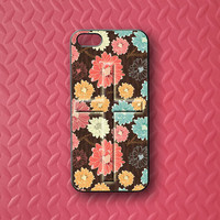 Flowers and cross,iphone5S case,iphone5C case,iphone5 case,iphone4 case,iphone4S case,ipod 4 case,ipod 5 case,ipod case,Blackberry Z10,Q10