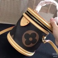 Kuyou Lv Louis Vuitton Fashion Women Men Gb2965 M43986 Lv Cannes Beauty Case 15.0x 17.0x 15.0 Cm