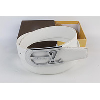 Louis Vuitton Woman Men Fashion Smooth Buckle Belt Leather Belt Skin Belts LV Beltt307