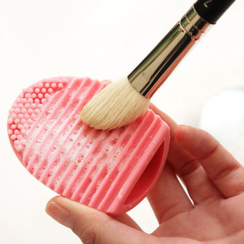 1Piece Cleaning MakeUp Washing Brush Silica Glove Scrubber Board Cosmetic Clean Tool