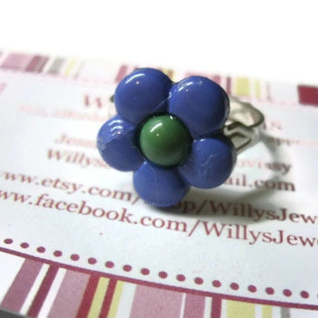 Daisy Flower Ring, Adjustable, Acrylic, Purple with Green Center, Silver Toned Metal Ring Base