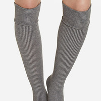 DailyLook: Banded Over The Knee Socks in Gray