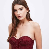 Kimchi Blue Stella Lace Bralette in Rust - Urban Outfitters