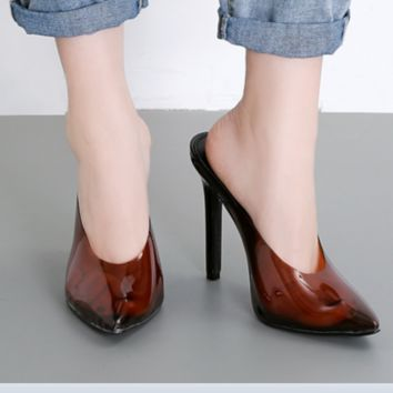 A new hot seller with pointy tall thin and versatile transparent sandals