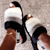 UGG Womens Fluff Yeah Slides shoes