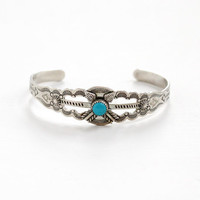 Vintage Sterling Silver Turquoise Blue Stone Cuff Bracelet - Retro 1960s Etched Arrow Motif Native American Style Tribal Jewelry