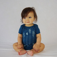 Arrows Organic Bodysuit in Blue