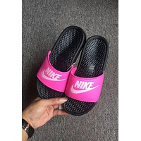 NIKE Casual Fashion Solid Color Flats Slipper Sandals Shoes