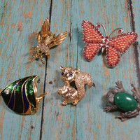 Vintage Animal Pins Brooches Cute Lot of Animals Including a Bee Butterfly Frog Squirrel and Fish Figural Pins Figural Brooches
