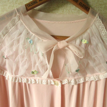 Pink Peignoir Robe Nightgown romantic honeymoon lingerie short puff sleeves vintage 60s Mad Men style Betty Draper women small Charmode