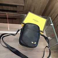 Fendi high-end retro shoulder bag messenger bag