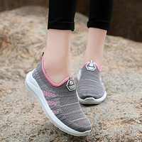 2018 New Gray Pink Slip On Women Soft Comfortable Walking Shoe Outdoor Sport Sneakers Summer Autumn Air Mesh Ladies Travel Shoes
