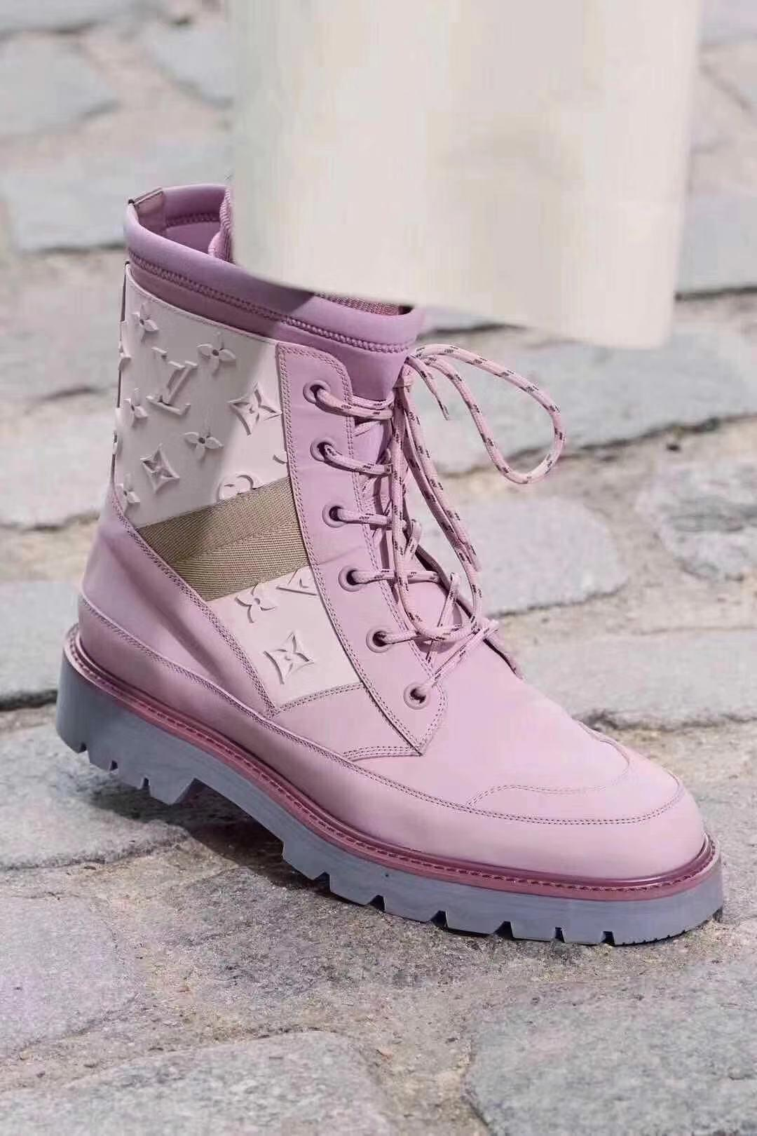 Image of Louis Vuitton LV Nfrontrow sneaker