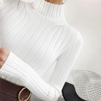 2018 White turtleneck sweater and semi small fresh female short thick slim tight long sleeved all-match knitted shirt