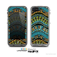 The Black Vector Teal & Green Snake Aztec Pattern Skin for the Apple iPhone 5c LifeProof Case
