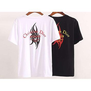 DIOR 2019 new curved letter flame printing men's round neck half sleeve T-shirt