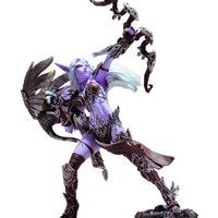 World of Warcraft Series 5: Night Elf Hunter: Alathena Moonbreeze with Sorna Action Figure
