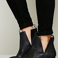 Jeffrey Campbell Womens Cast & Crew Ankle Boot - Brown Distressed,