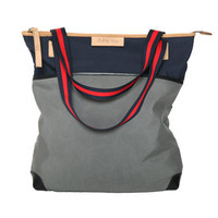 2 Tone Canvas Tote   Built by Wendy