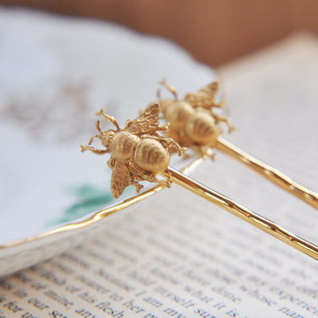 Gold Bumble Bee Bobby Pins - Rustic Woodland Wedding Hair Accessories - Honey Bee - Summer Jewelry