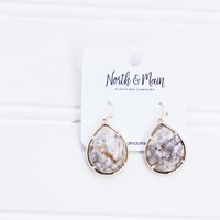 Erin Teardrop Earrings, Natural