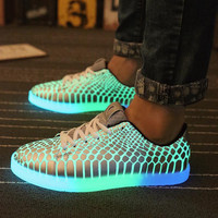 2016 Men Light Up Shoes Women Casual Luminous Shoes chaussure For Male snake skin Glowing Adults Hombre Zapatos Party Gifts