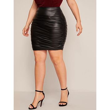 SHEIN Plus Ruched Detail PU Leather Bodycon Skirt