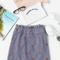 Ruffle Waist Zip Back Scallop Hem Embroidered Gingham Skirt