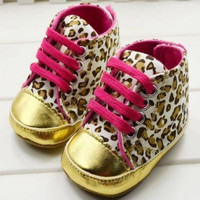 cute-baby-girls-boy-first-walkers-toddler-shoes-boots-multi-color-dot-bow-childrens-shoes-soft-sole-warm-shoe BBL