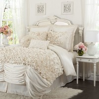 Lush Decor Lucia 4-pc. Comforter Set - Cal. King (White)