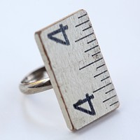 Wooden ruler ring with steel shank