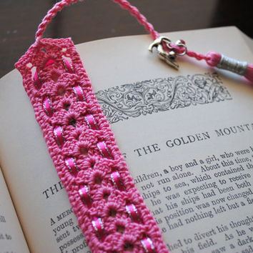 Crochet lace bookmark with a long tassel, pink with ribbon, cat charm, book lovers gift