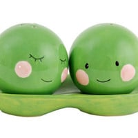 TWO PEAS IN A POD SALT  PEPPER SHAKERS