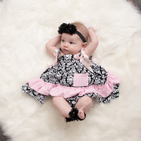 Barefoot Blossoms & Matching Headband Set Black