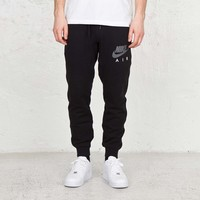 Nike AW77 FT Cuff Pant-Air - 647482-010 - Sneakersnstuff | sneakers & streetwear online since 1999
